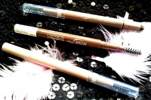 Catrice cienie do brwi Velvet Brow Powder Artist
