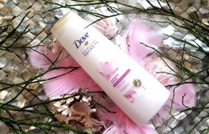 Dove Nourishing Secrets Glowing Ritual szampon